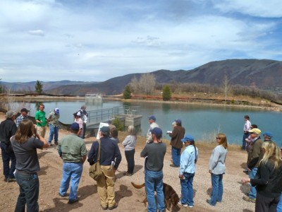 A city-led tour of Thomas Reservoir in April 2012. The tour included journalists, FERC officials, citizens, city staff and consultants, and yes, opponents of the project.