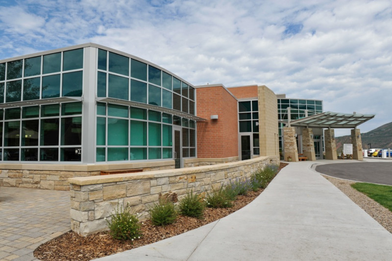 An exterior view of a newly built portion of Aspen Valley Hospital.