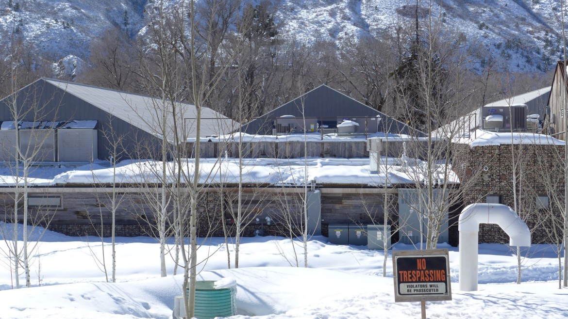 The High Valley Farms facility sits between the Roaring Fork River and Hwy 82, across from Holland Hills, just upvalley from Basalt. It seeks to use water from the Fork and a well in a potentially precedent-setting case.