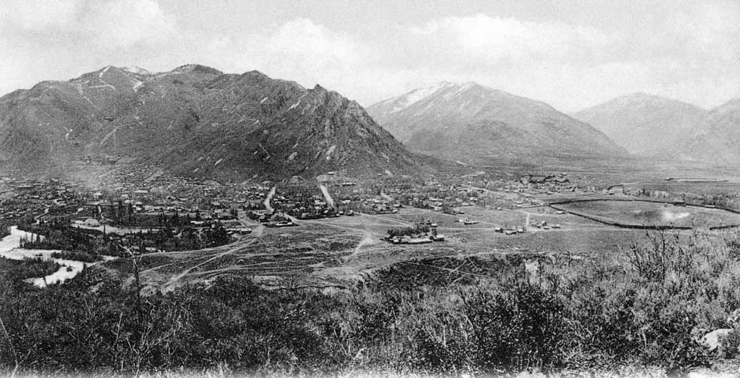 In this view of Aspen from Smuggler Mountain from about 1906, the town's first baseball stadium and horse racing track are visible to the right of the photo. Behind Athletic Park, the outline of the second baseball stadium near today's roundabout is visible.