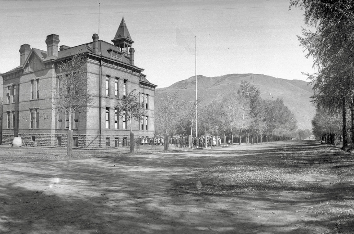 The Washington School on Bleeker Street in Aspen's West End, circa 1900. On the right, the Bleeker street ditch nourishes the cottonwoods and gardens of Aspen's West End. Up until the 1960s ditches still flowed along many cottonwood-lined streets in Aspen's residential areas, and even populated both sides of Main Street. Photo credit: AHS, Cooper Family Collection.